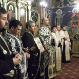 Slujba in Biserica Bolintin Deal 1